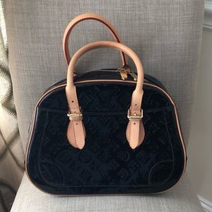 Louis Vuitton Amarante Vernis Summit Drive